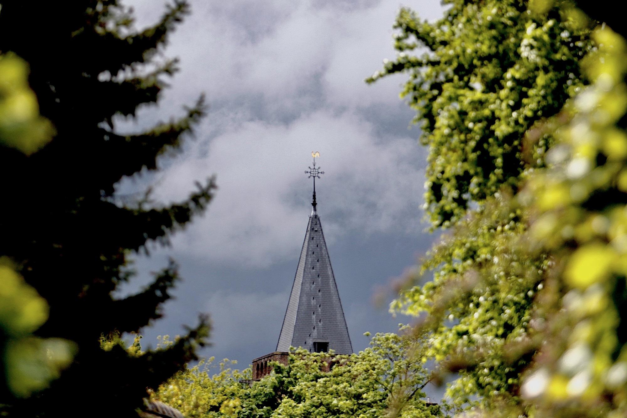 kerkspits-wolken - 1
